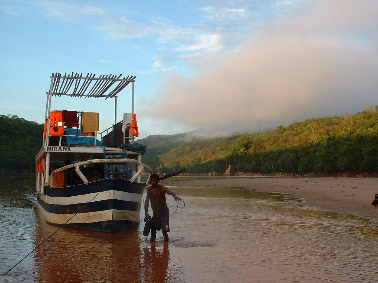 Descente du fleuve du Tsiribihina