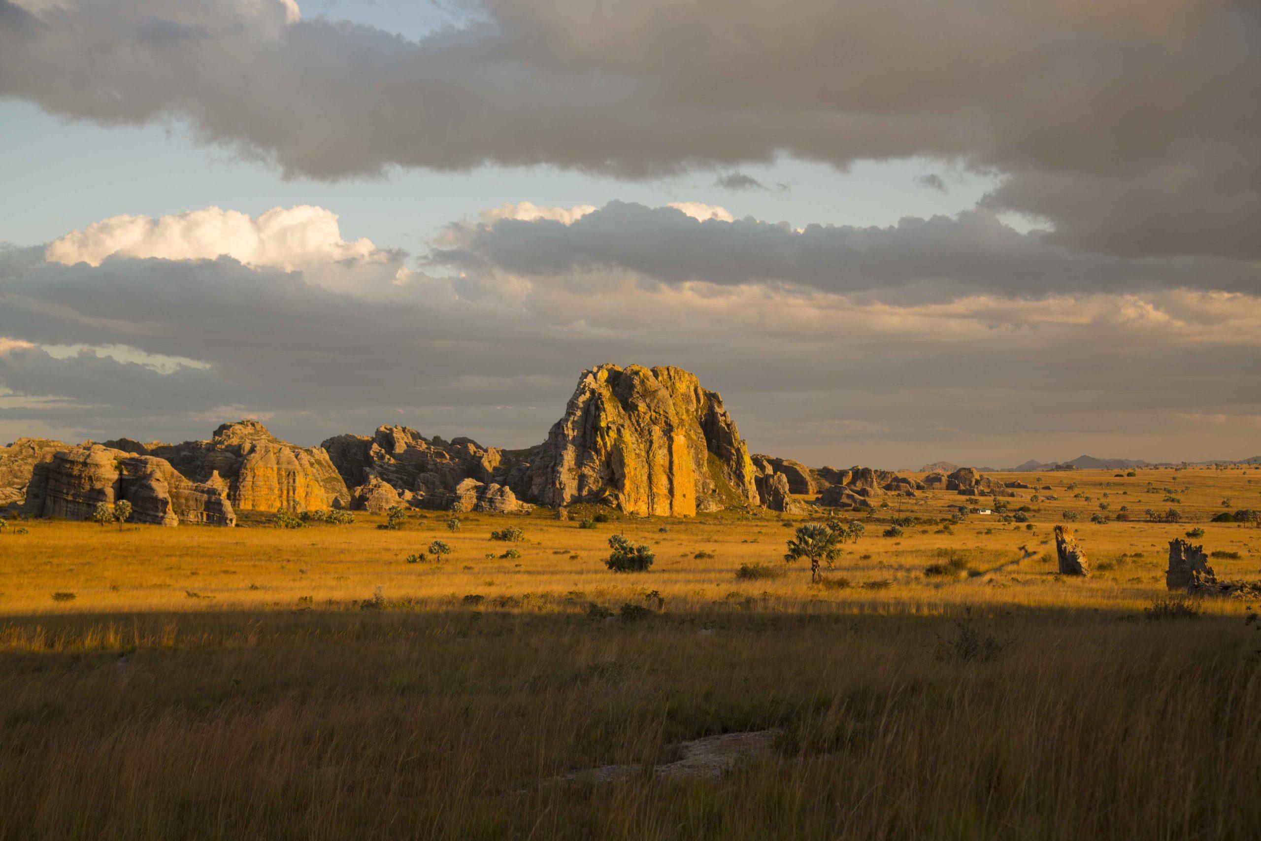 Coucher de soleil sur le massif de l'Isalo
