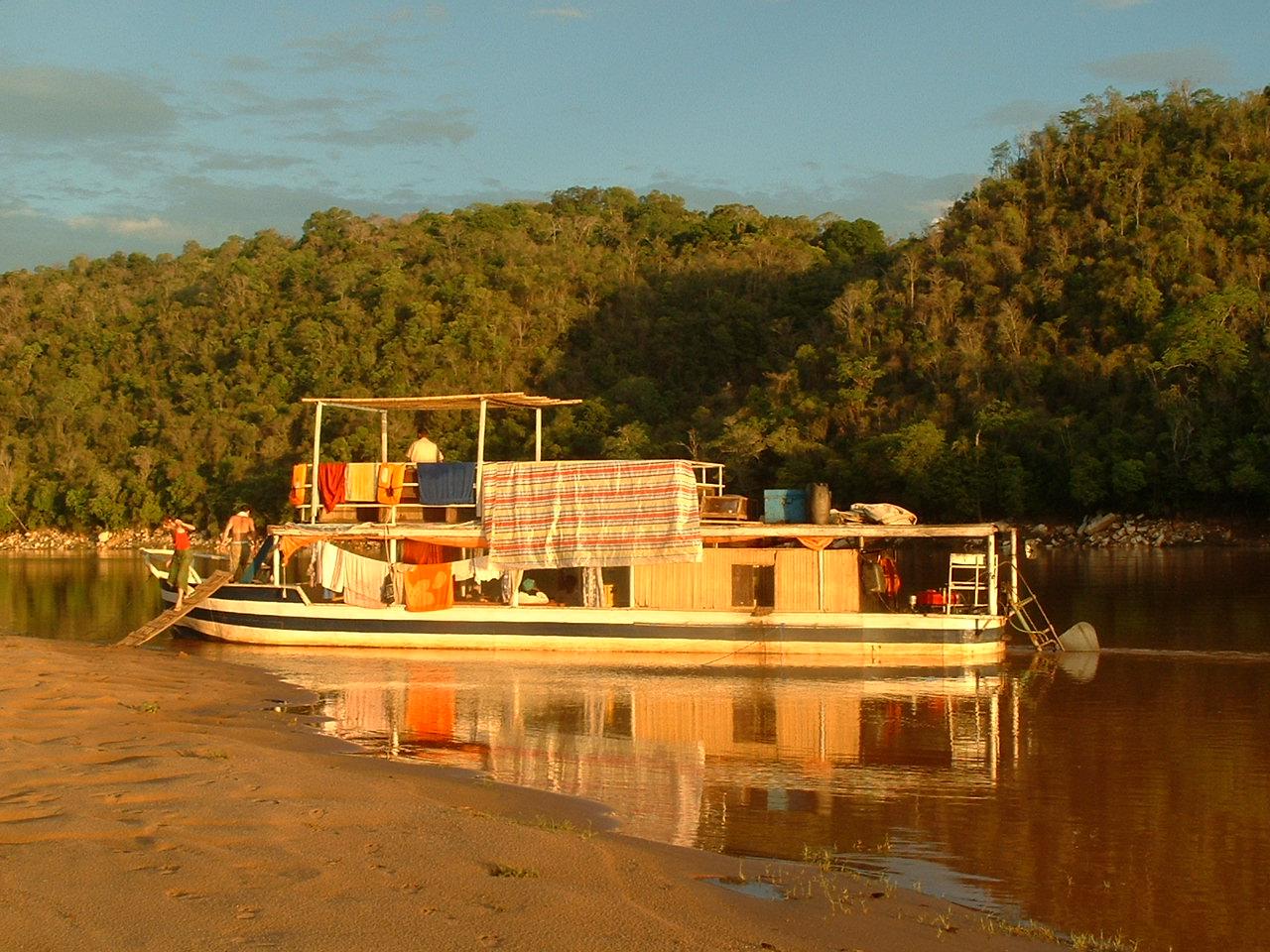 Croisière vers Belo sur Tsibihina