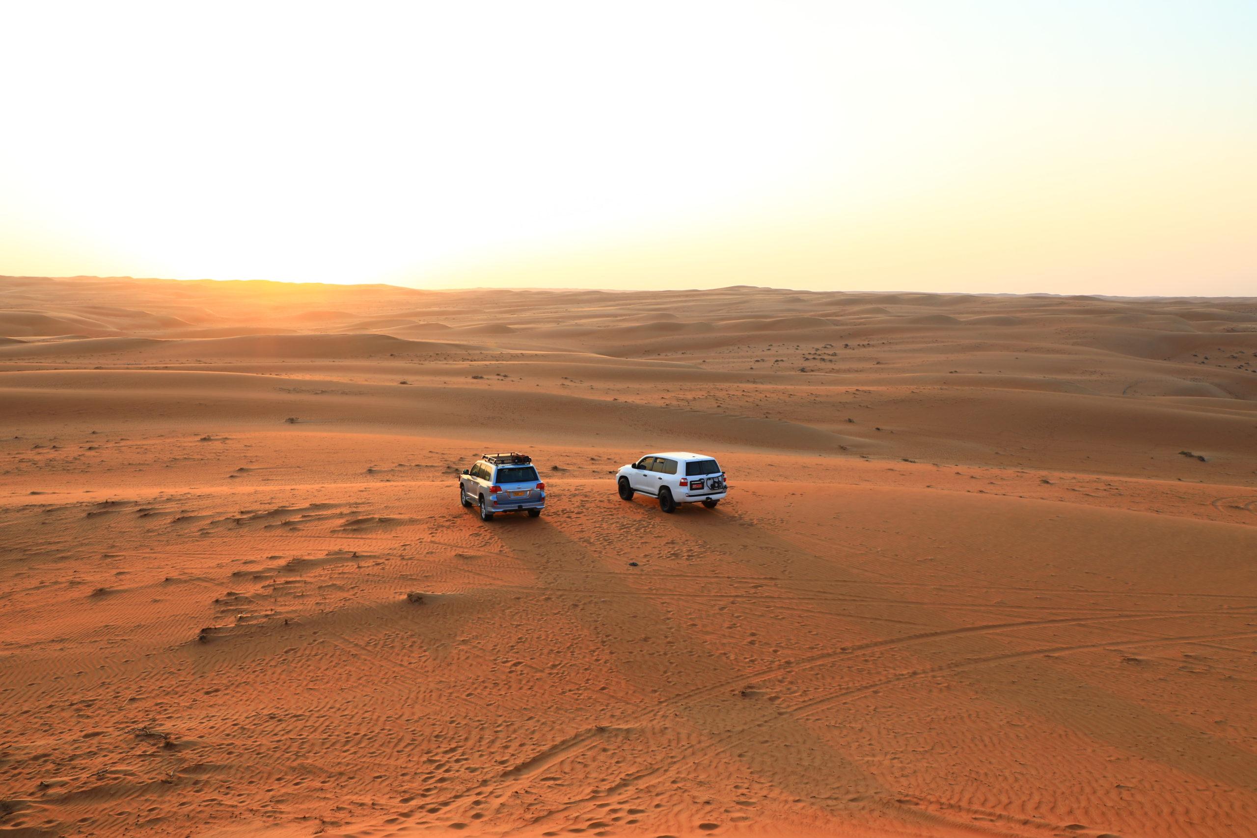 Désert ocre des Sharkiya Sands (Wahiba)
