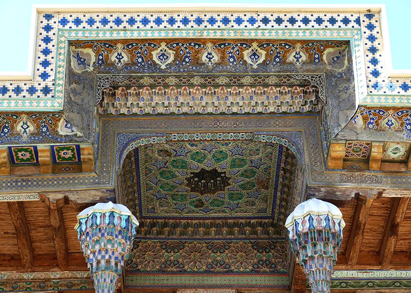 Faïences des plafonds de la médersa de Boukhara