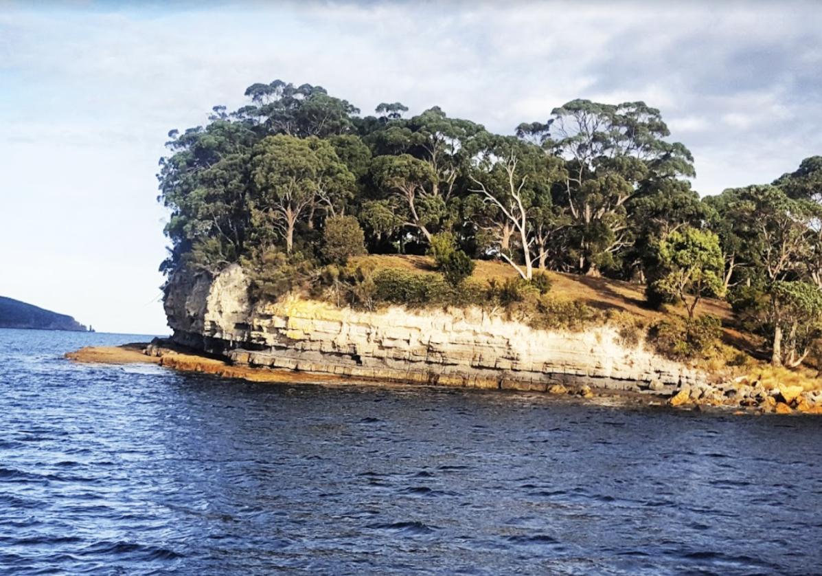 La falaises de Tasman Peninsula