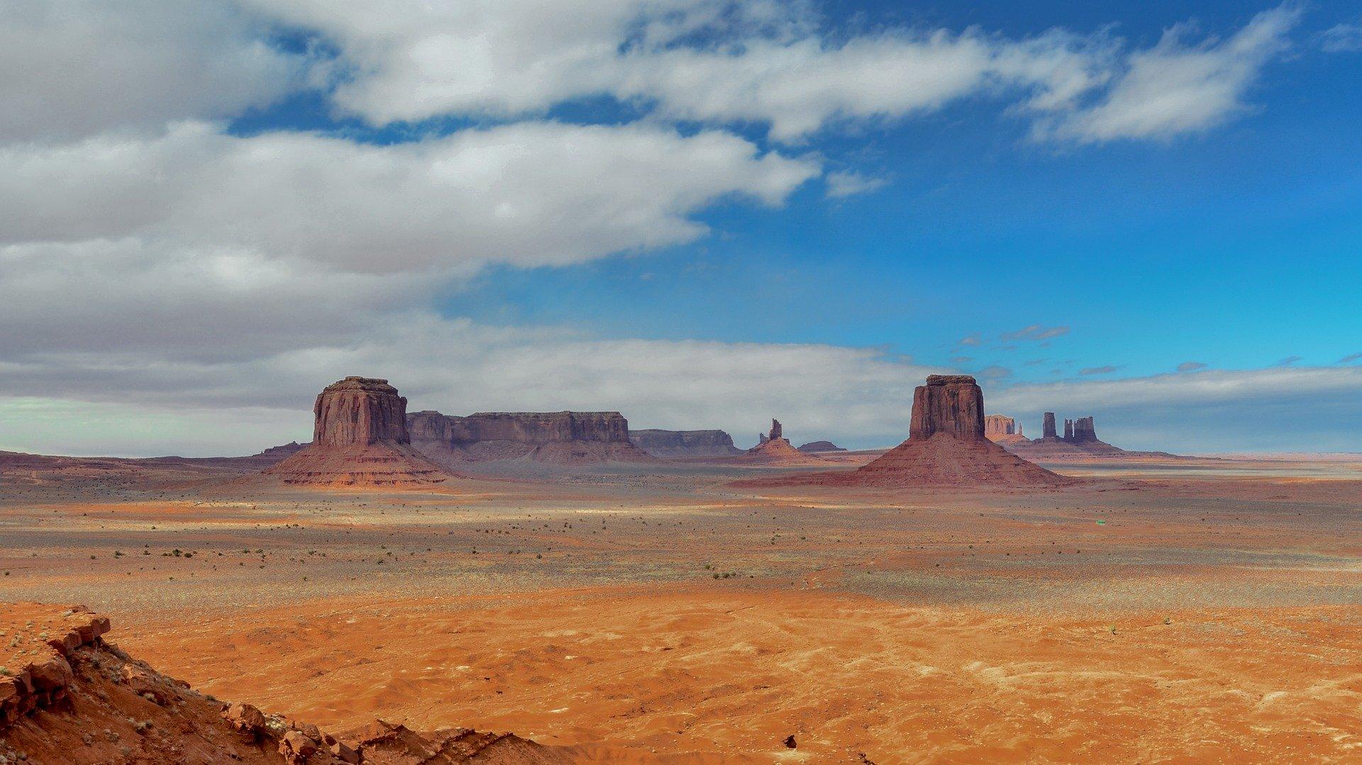 Les célèbres monolithes de Monument Valley