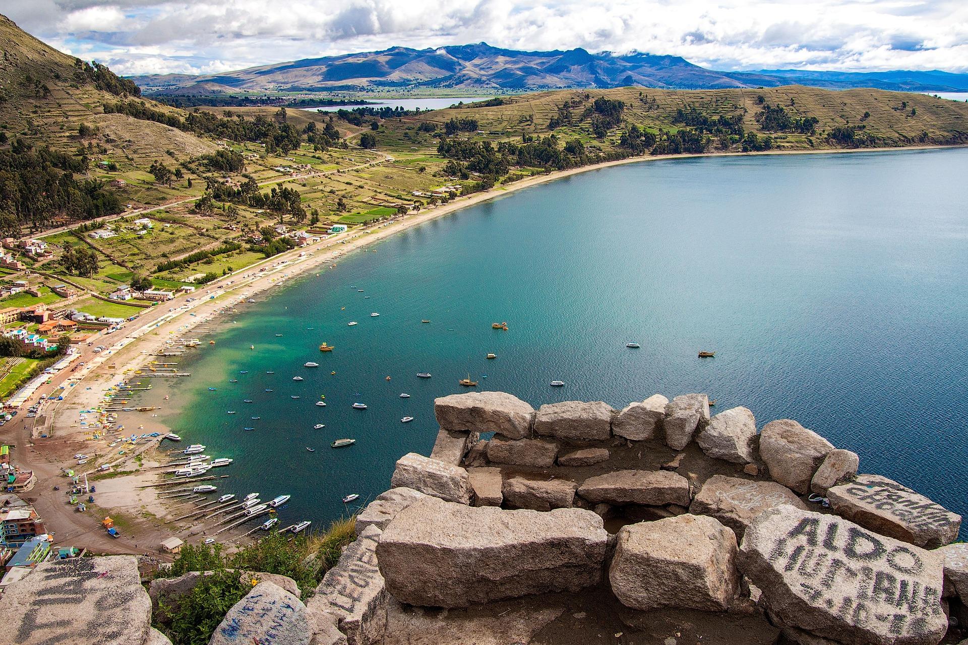 La plage de Copacabana sur le lac Titicaca