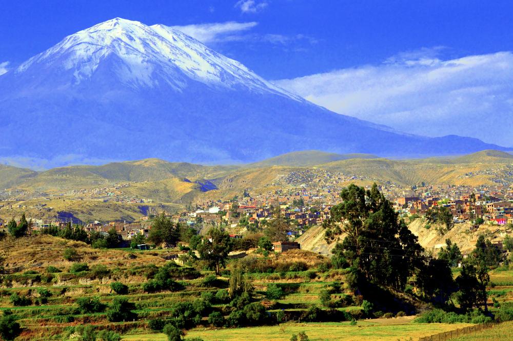 Arequipa, ville blanche au pied du volcan