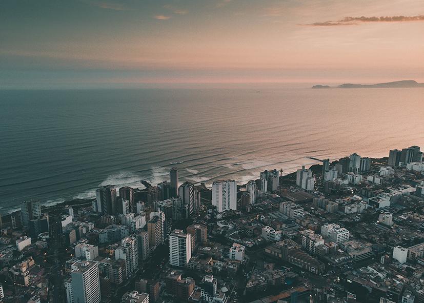 Arrivée sur Lima vue du ciel