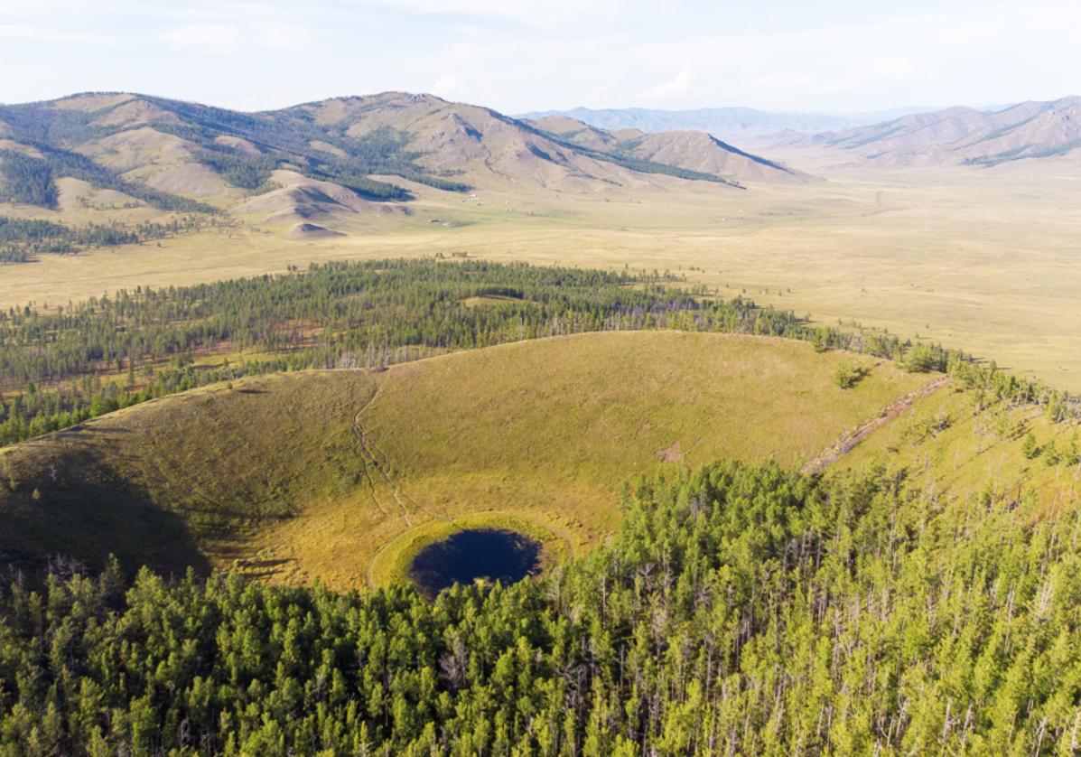 Randonnée sur le volcan Uran Togoo