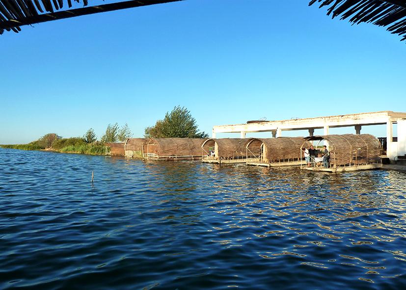 Système d'irrigation sur le lac Ata Kharrat