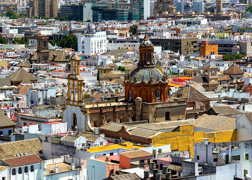 Sur les toits de Séville en Andalousie