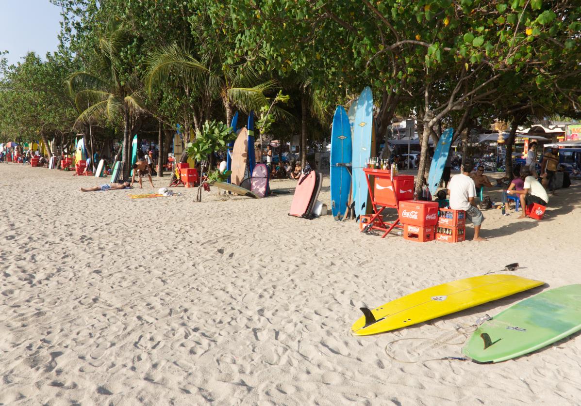 Découvrez la célèbre plage de Kuta