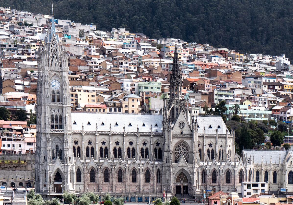 Quito, ses monuments et son centre colonial