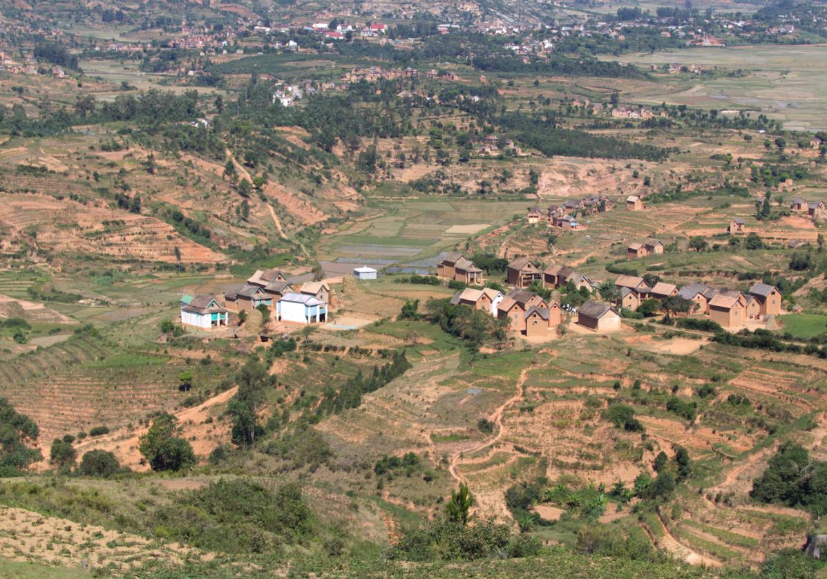 Traversée des Hautes Terres vers Antsirabé
