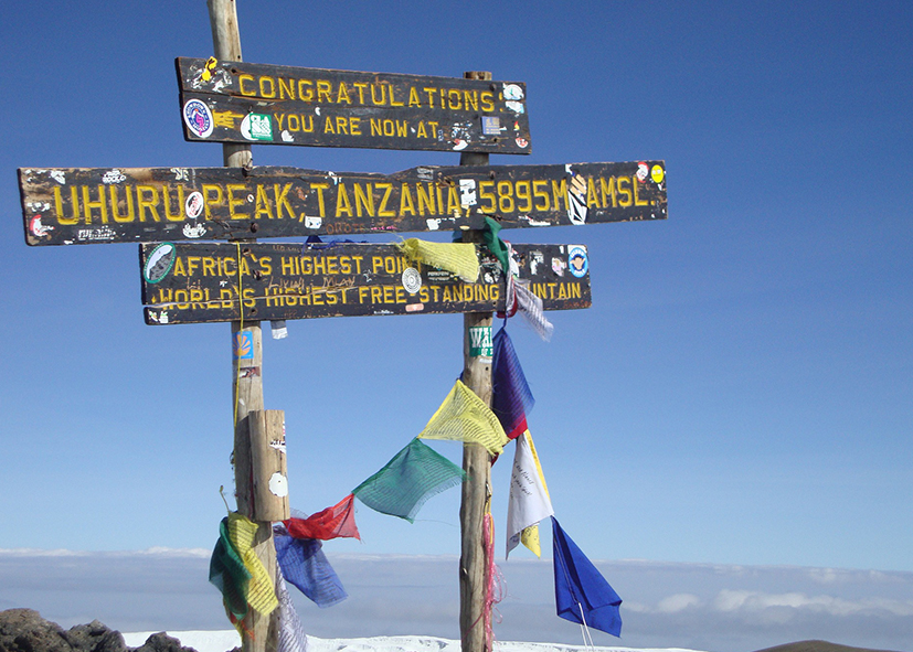Uhuru Peak, point culminant de l'Afrique
