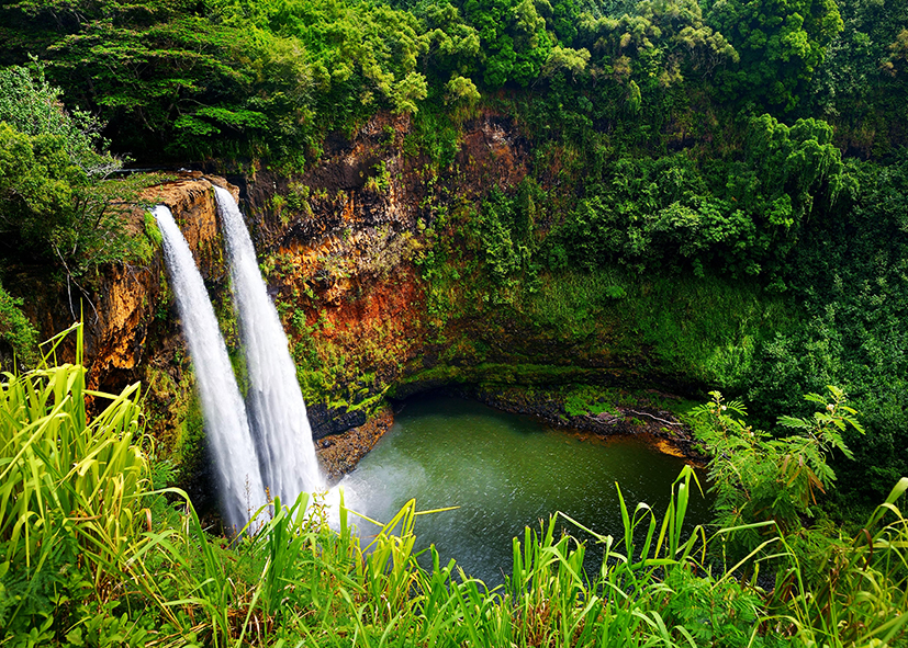 Les doubles cascades de Wailua sur l'ile de Kauai
