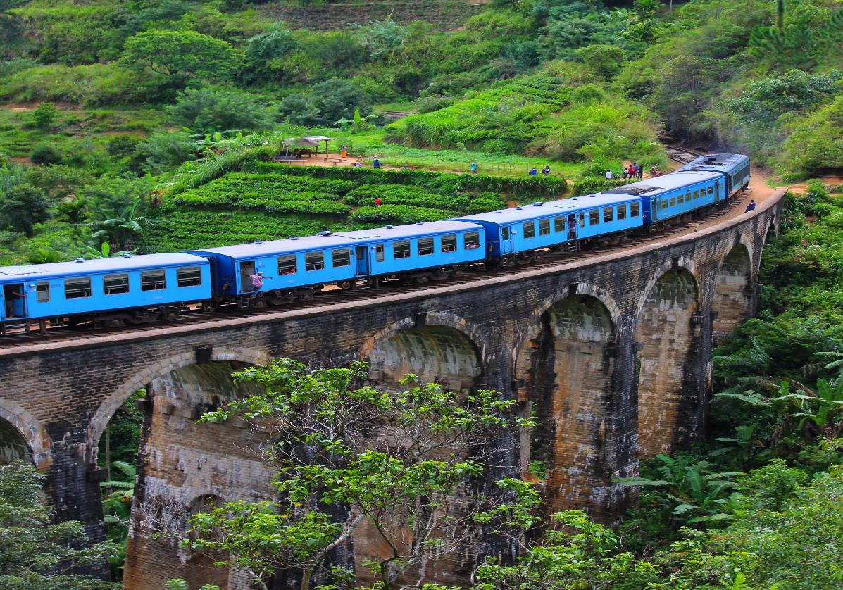 Train colonial de Nuwara Eliya à Ella