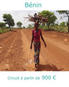 Béninoise dans la savane, partir au Bénin au mois de janvier avec Nirvatravel