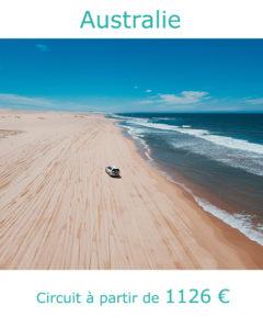 Vehicule tout terrain sur une plage déserte australienne, partir en Australie en février avec Nirvatravel